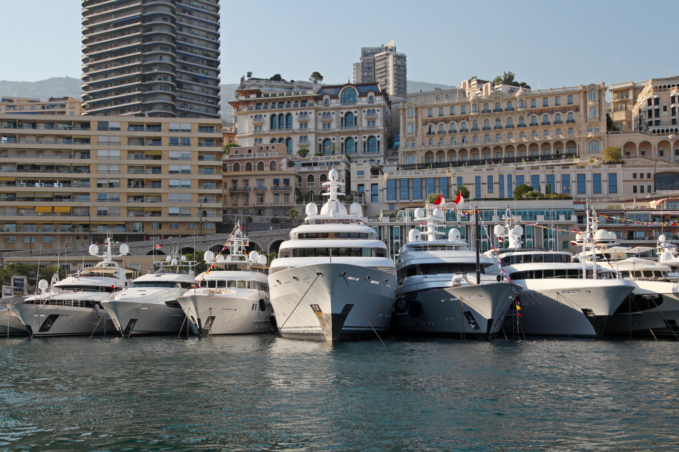 The-Rendezvous-in-Monaco-2012-with-10-amazing-superyachts-on-display-Credit-Thierry-Ameller (1)